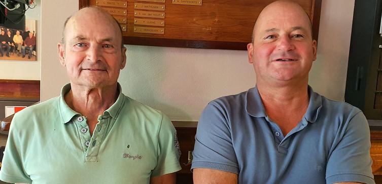 Vader en zoon Santegoets ereleden van VOAB